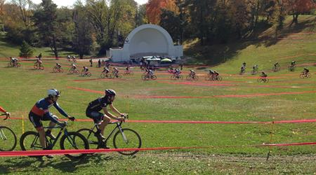 cyclocrossand amphitheater