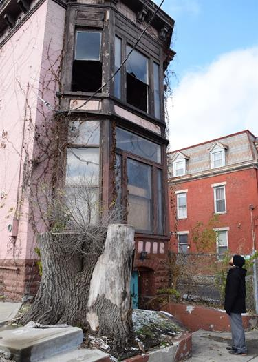 Covington's new preservationist Myers fascinated with historic buildings