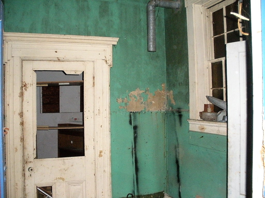 City attacks lead-based paint > City of Covington, KY
